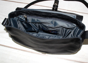 DAAG Jazzy Party 59 torba skórzana na ramię czarna