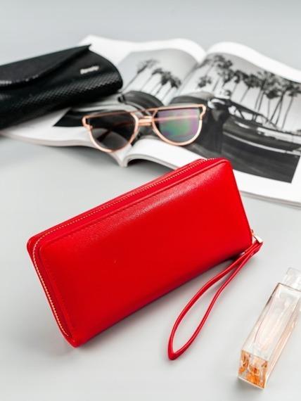 Pojemny portfel damski na zamek czerwony Milano Design