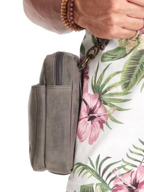 Saszetka skórzana torba na ramię Always Wild czarna 1707-TGH