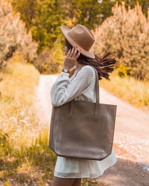 Skórzana torebka damska DAN-A T376 beżowa