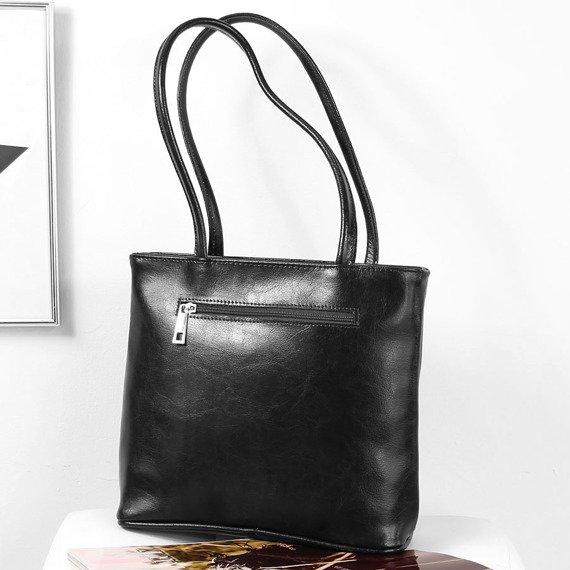 Skórzana torebka damska DAN-A T391 czarna