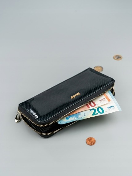 Skórzany portfel damski lakierowany czarny RFID  Rovicky 8807
