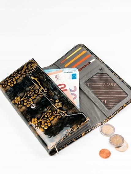 Skórzany portfel damski lakierowany złoty Lorenti