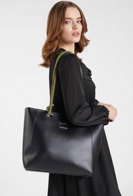 Torebka damska czarna Monnari BAG1580-020