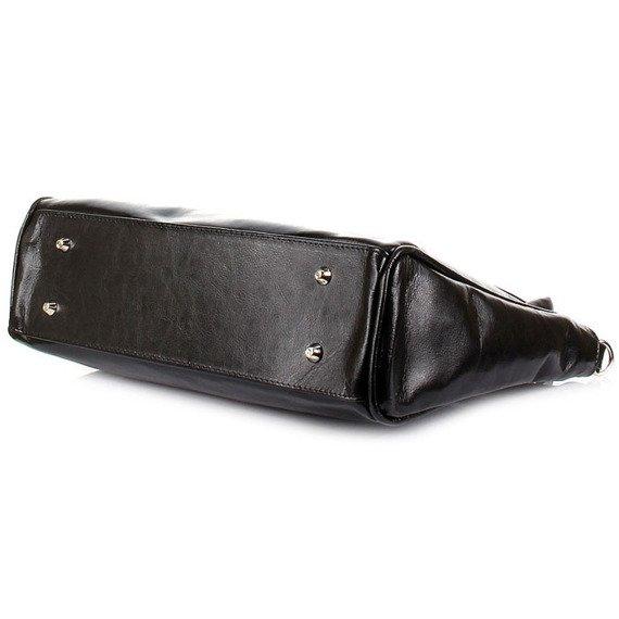 Torebka skórzana damska kuferek DAN-A T245 czarna